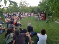 """Prop de 170 participants als """"Contes frescos a la fresca"""" a l'Arborètum del Lleida"""